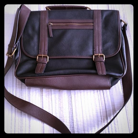 Aldo Handbags - Aldo Messenger Bag